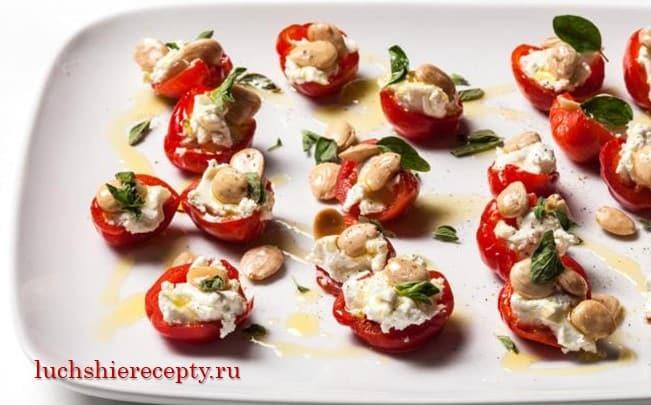 вяленые помидоры с сыром и орехами