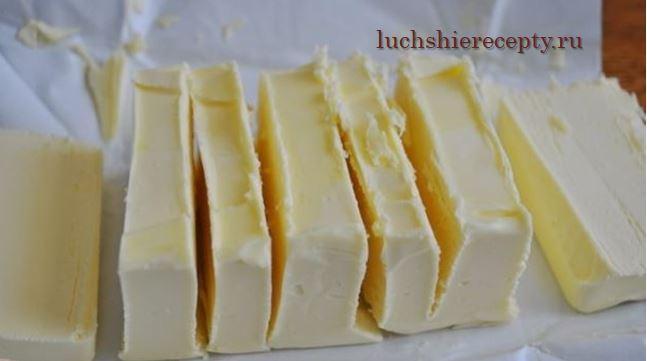 мягкое масло делим на равные части