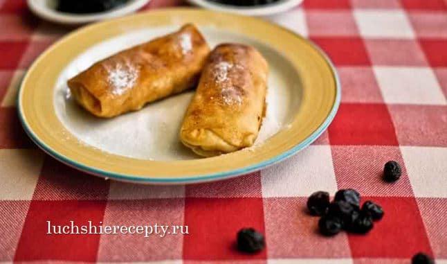 Блинчики с чернично-сметанной начинкой - рецепт пошаговый с фото