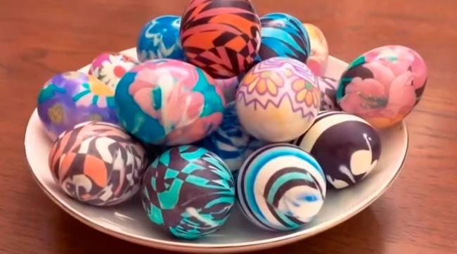 пасхальные яйца покрашенные тканью