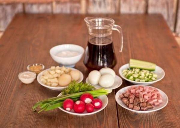 продукты для окрошки с колбасой