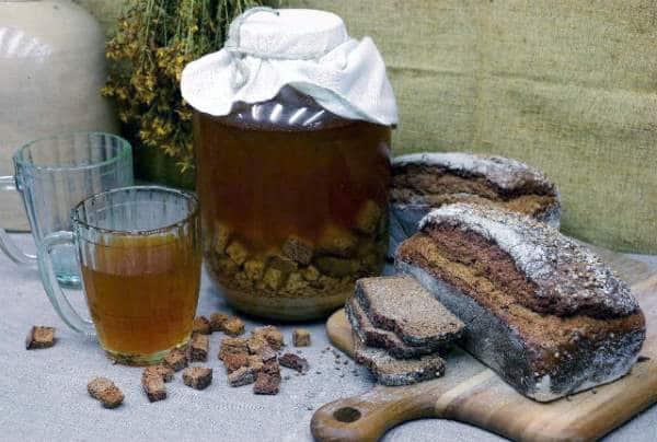 рецепт домашнего кваса из черного хлеба с дрожжами на 3 литра