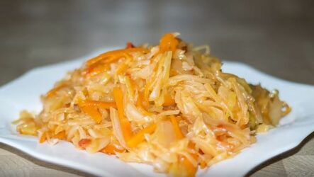 Тушёная капуста рецепт классический на сковороде