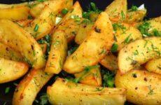 Запеченная картошка в духовке с румяной корочкой