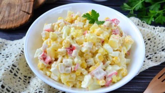 рецепт салата с крабовыми палочками и ананасом