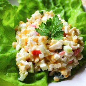 Салат с крабовыми палочками и яйцом самый вкусный рецепт