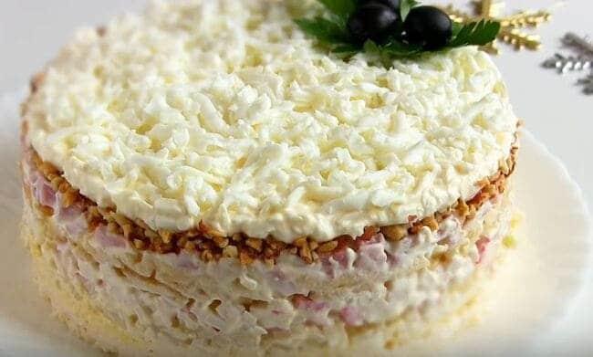 рецепт салата Снежная Королева – слои по порядку