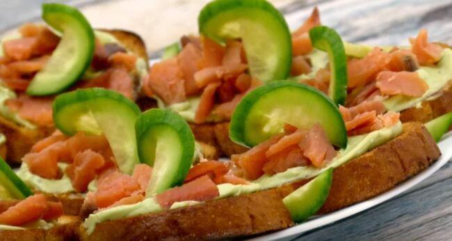 Бутерброды с авокадо и рыбой рецепты
