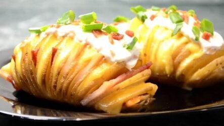 картошка-гармошка с беконом в духовке-1