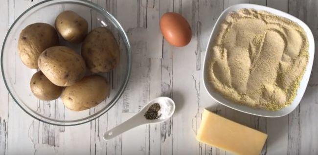 для рецепта картофельных палочек возьмем вот такие продукты