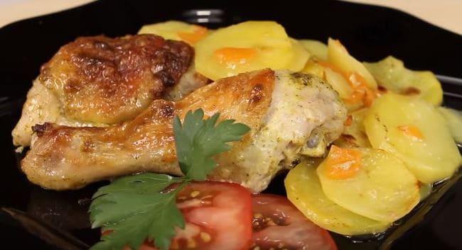 как запечь куриные ножки с картошкой в духовке с корочкой
