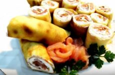 Блинчики с семгой и творожным сыром вкусные и аппетитные
