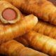 Сосиски в тесте жареные на сковороде сочные и хрустящие