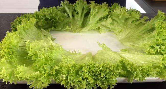 украсим блюдо, листьями салата