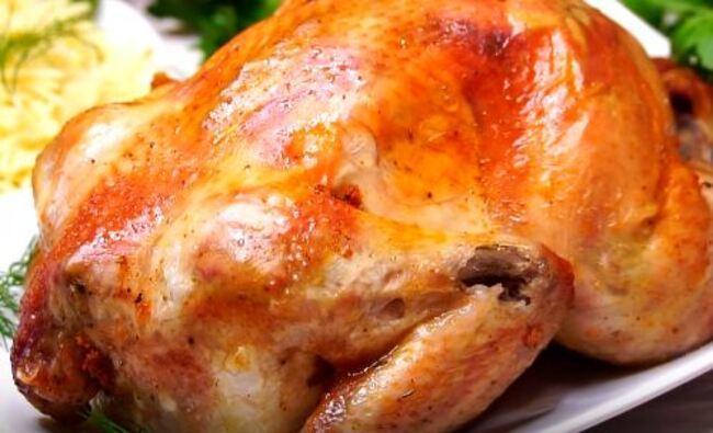 запечённая курица в духовке целиком