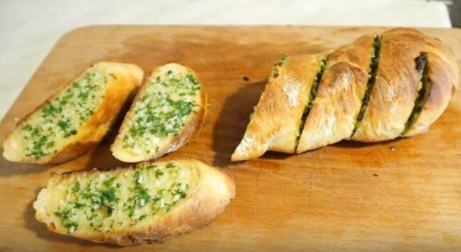 рецепт чёрного чесночного хлеба