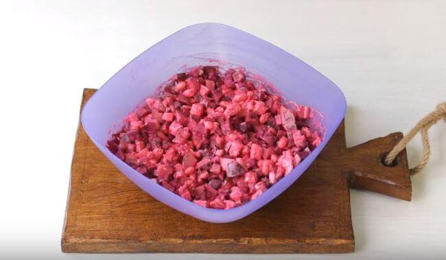 рецепт салата Виолетта со свеклой