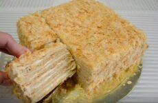 Торт Наполеон из готового слоёного теста лёгкий и быстрый рецепт