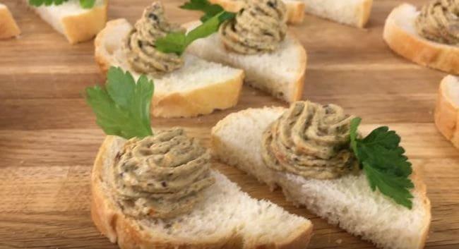 грибной паштет из шампиньонов