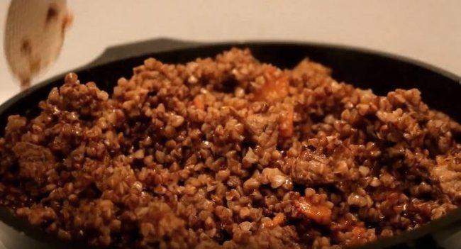 как приготовить плов из гречи с мясом