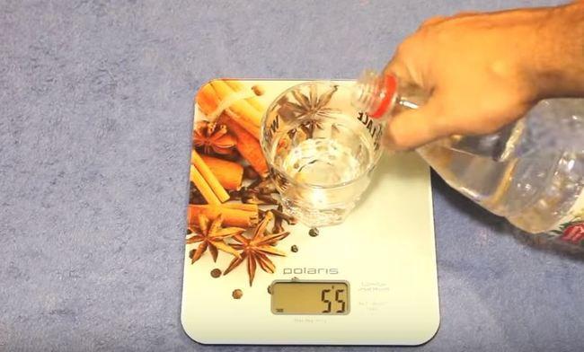 возьмем уксус 2-3% и нальем 50-55 гр
