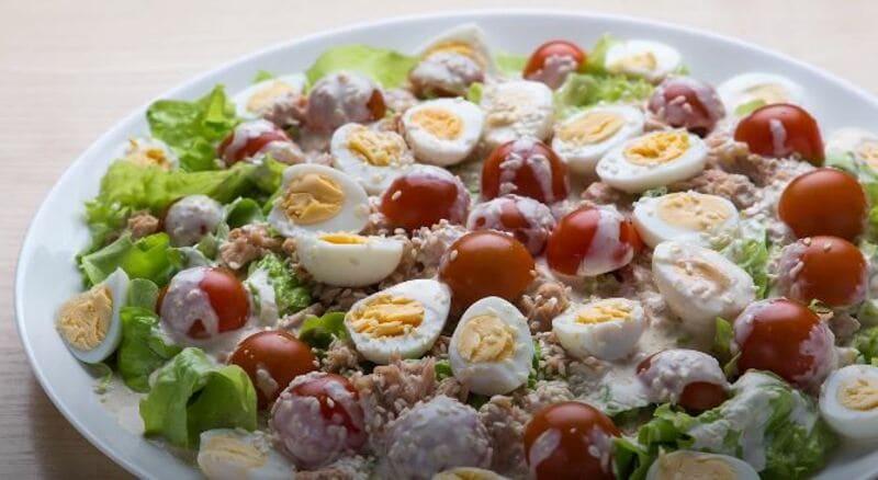 рецепт легкого салатика на праздничный стол