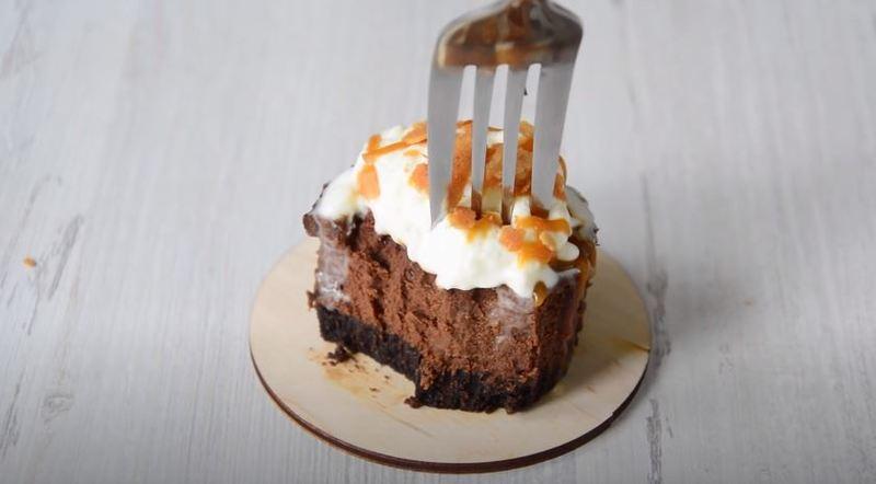 как приготовить шоколадные мини-чизкейки