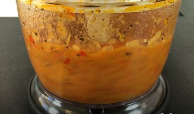 измельчаем овощной соус до однородной массы
