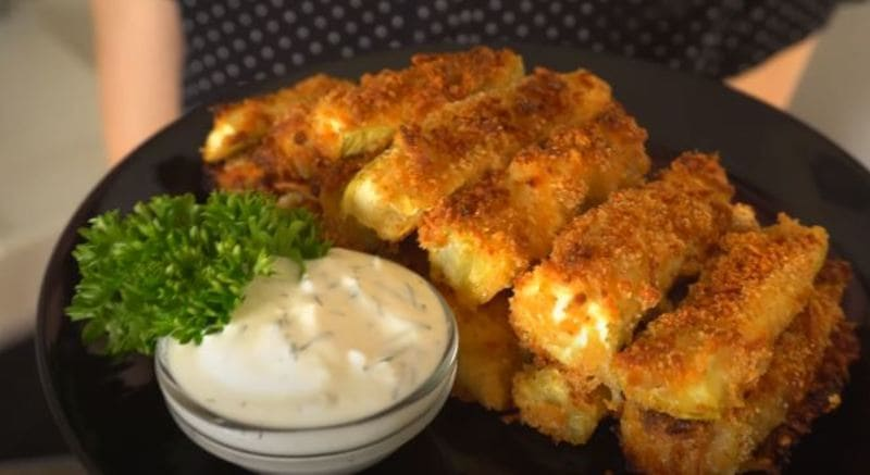 кабачковые палочки в сырной панировке в духовке