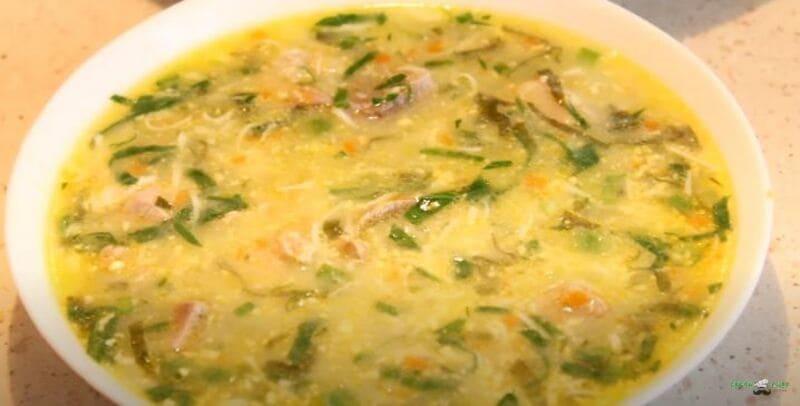 Зеленый борщ с щавелем и яйцом рецепт на мясном бульоне