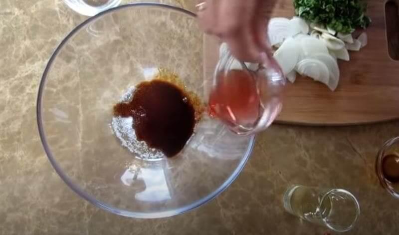 приготовим маринад для кабачков