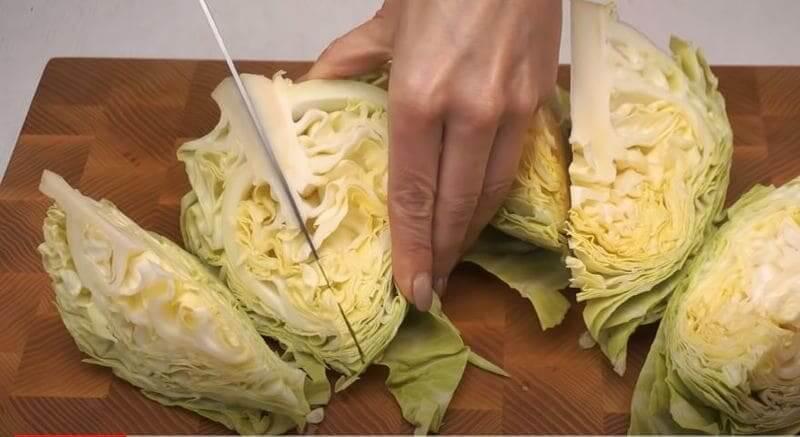 качан капусты режем на части