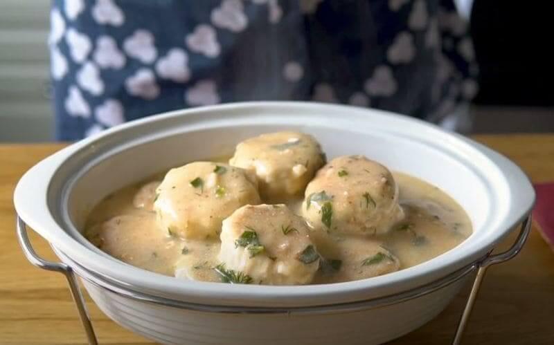 рецепт куриных тефтелей в сливочном соусе