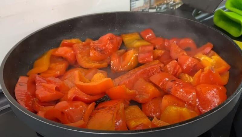 сладкий перец обжаренный на сковороде