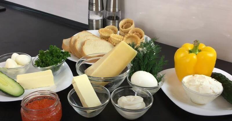 продукты для закусок с красной икрой