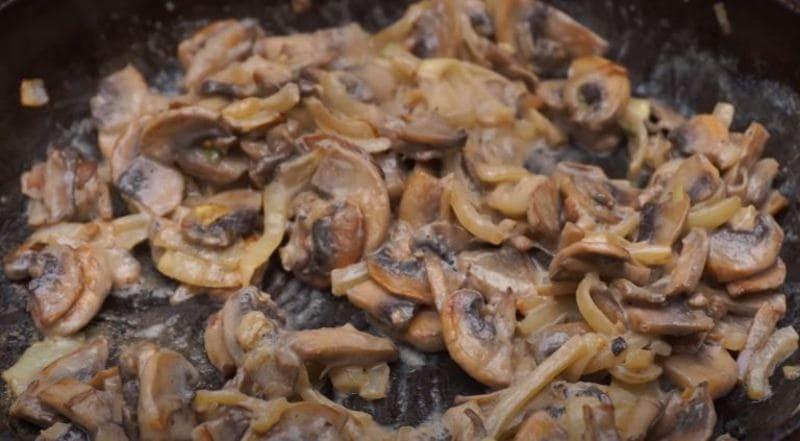 готовим грибы в сливках