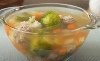 как приготовить легкий суп с фрикадельками