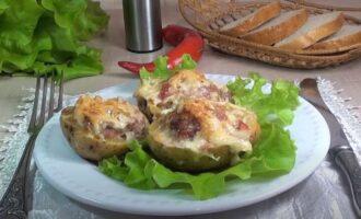 картофельные лодочки с фаршем и сыром